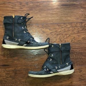 Sperry Huntley lace up leather boots
